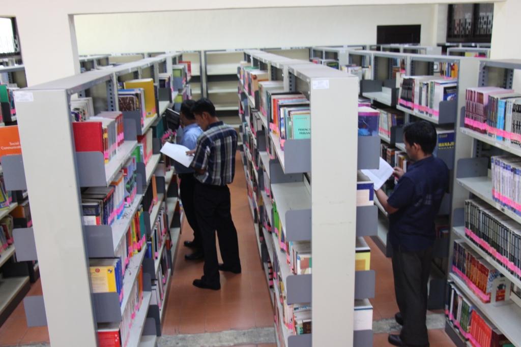 N.217-218-219-Perpustakaan FE (PBE) (31)