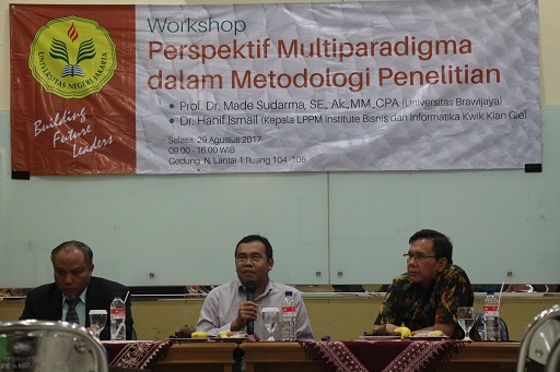 """Workshop """"Perspektif Multiparadigma Dalam Metodologi Penelitian"""""""