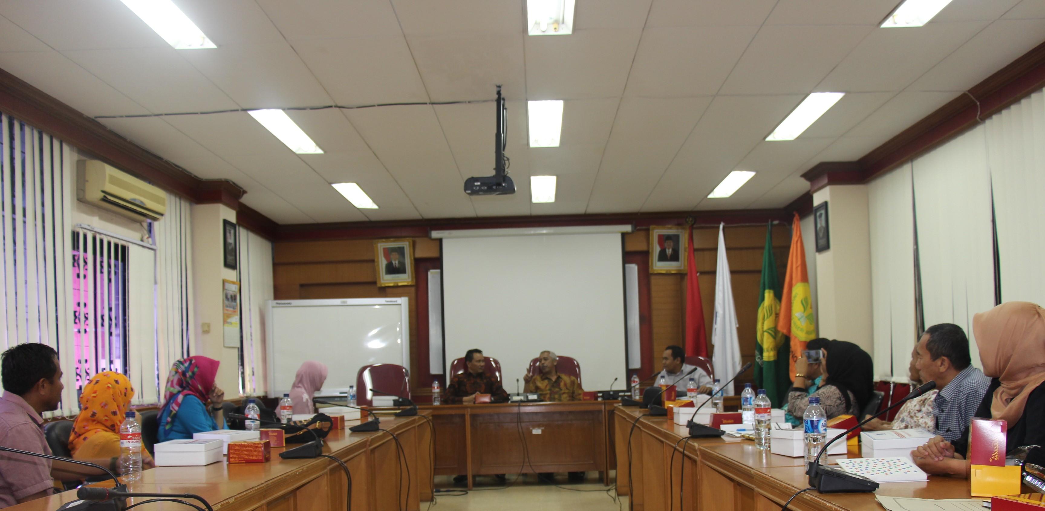 Kunjungan Studi Pelayanan Pengelolaan Akademik dan Keuangan dari Fakultas Ekonomi Universitas Negeri Gorontalo