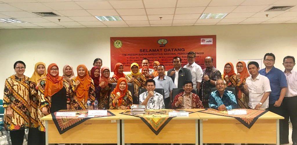 Visitasi Tim Asesor Badan Akreditasi Nasional Perguruan Tinggi di Program Studi Pendidikan Tata Niaga